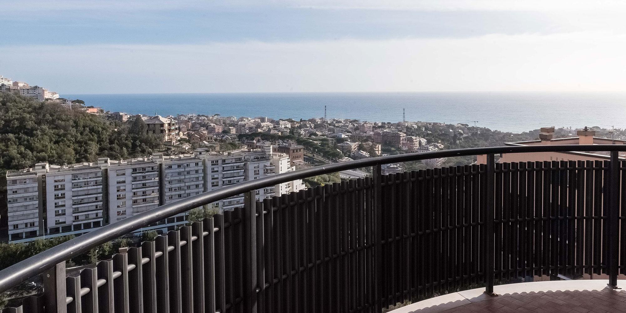 Quarto appartamento (82mq) terrazzino vista mare e posto auto