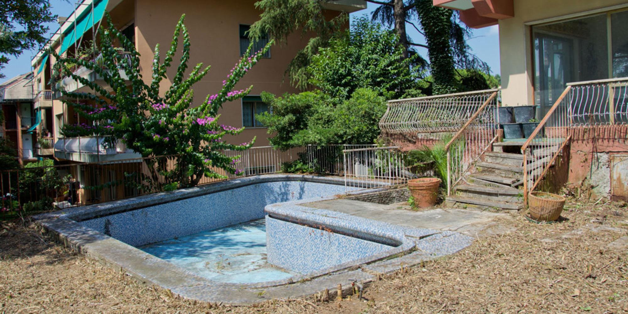 Albaro appartamento bilivello giardino, piscina, box e posto auto