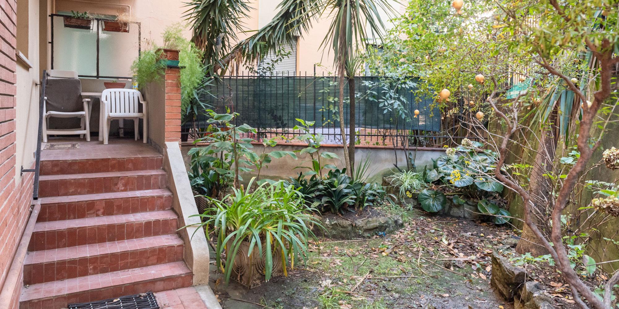 Quarto (Priaruggia) 7 vani con giardino e posto auto